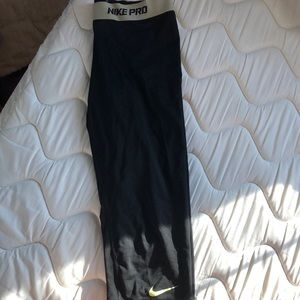 Nike workout leggings - M